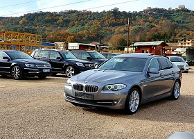 BMW 5 series viti 2011, Grey, 3.0L, 200000km