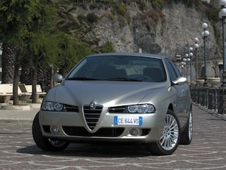 Alfa Romeo 156 general form