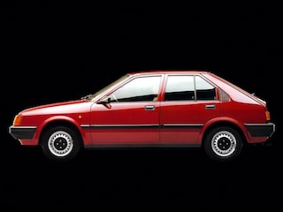Alfa Romeo Arna side view
