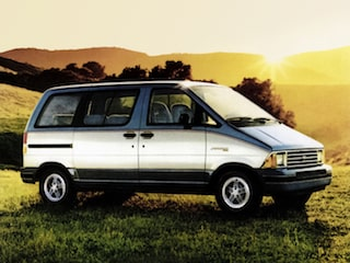 Ford Aerostar side view