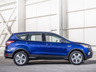 Ford Kuga side view