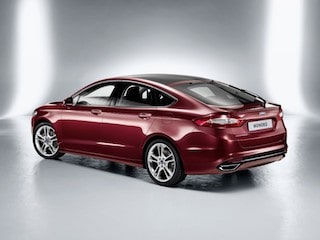 Ford Mondeo back view