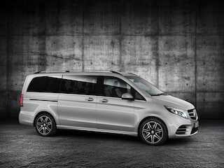 Mercedes-Benz V-Class side view